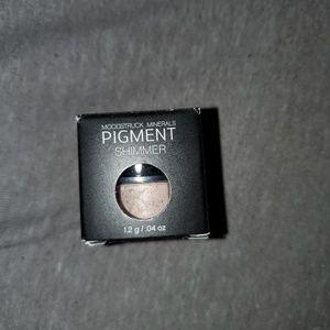 Younique Moodstruck Minerals Pigment Shimmer